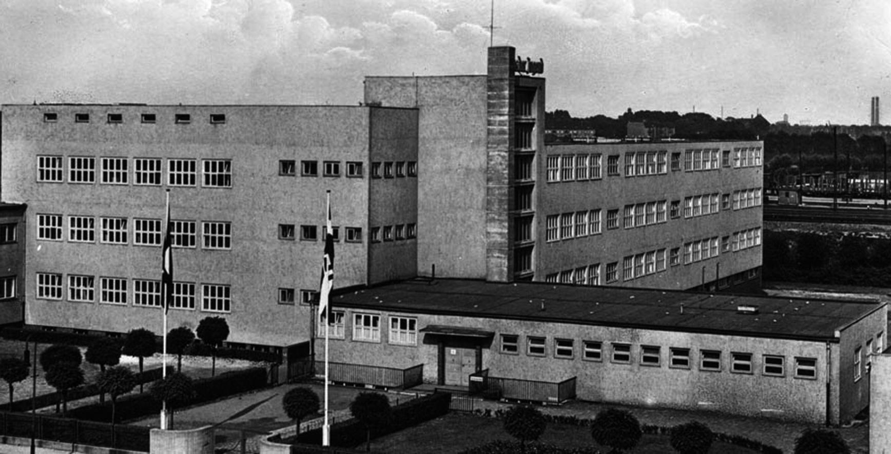Neue Teupe – Ende der 20er-Jahre im Bauhaus-Stil gebautes Obdachlosennachtasyl. Foto: um 1930